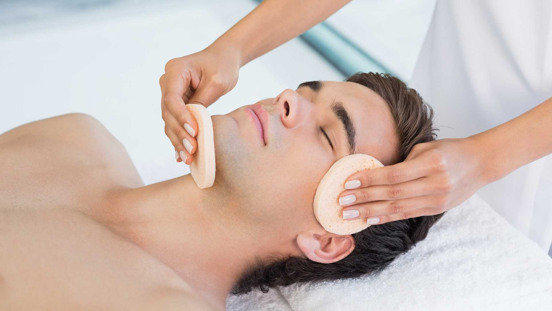 Getting a men's facial: what to expect