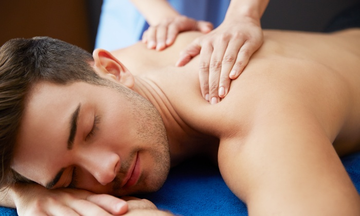 This 4-Hands Massage For Men Is The Ultimate Stress Buster