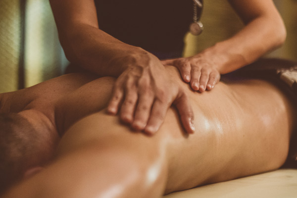5 Recommended Massages for Chronic Back Pain