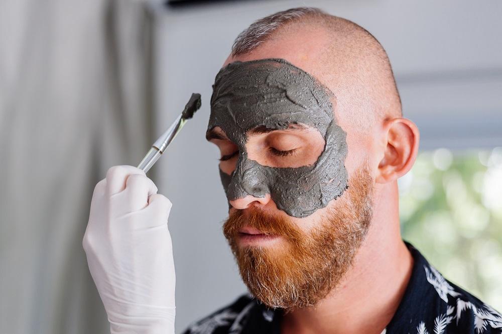 Top facials for men in 2021